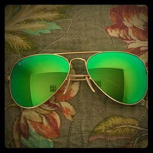 Ray-Ban aviator green flash mirrored lenses 58 mm